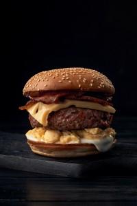 brokastu burgeris